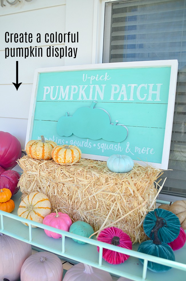 Colorful Fall Halloween Porch. So many ways to bring color into your home this fall. Colorful porch decorating ideas!