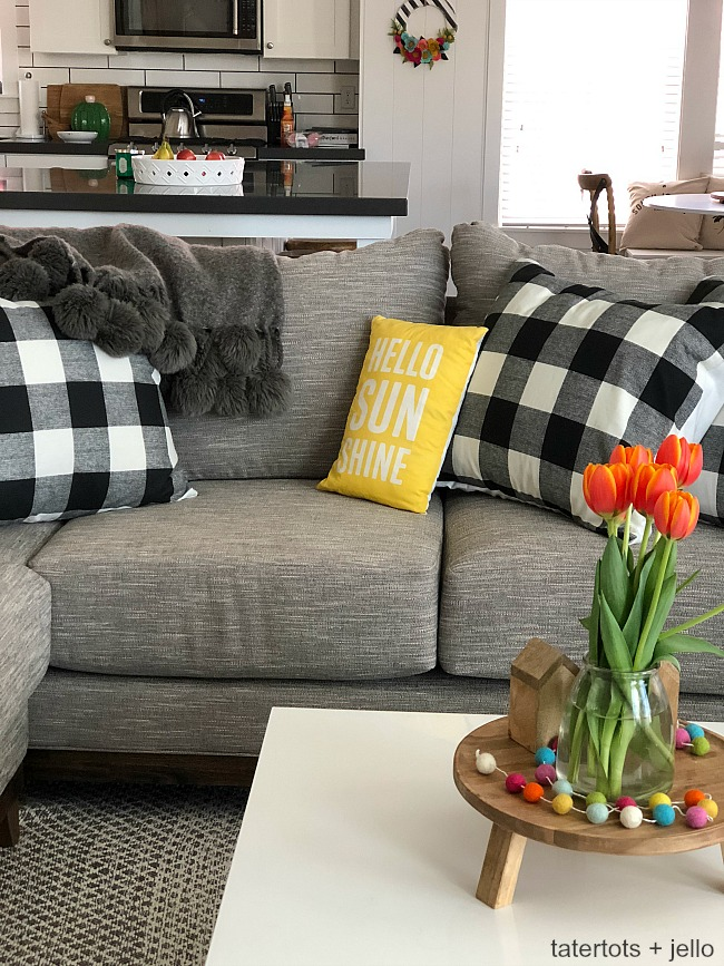 How to make 10 minute buffalo check pillow covers. So easy and fast!