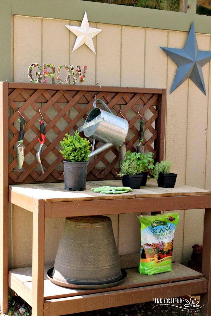 14 Bright Summer DIY's - easy easy ways to brighten your home!
