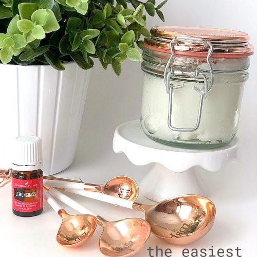 how to make the easiest 3-ingredient sugar scrub