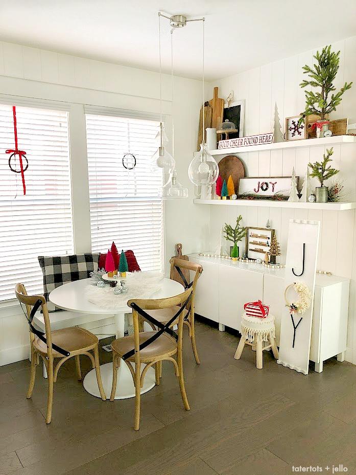 Cozy Christmas Kitchen Nook Decorating Ideas Diy