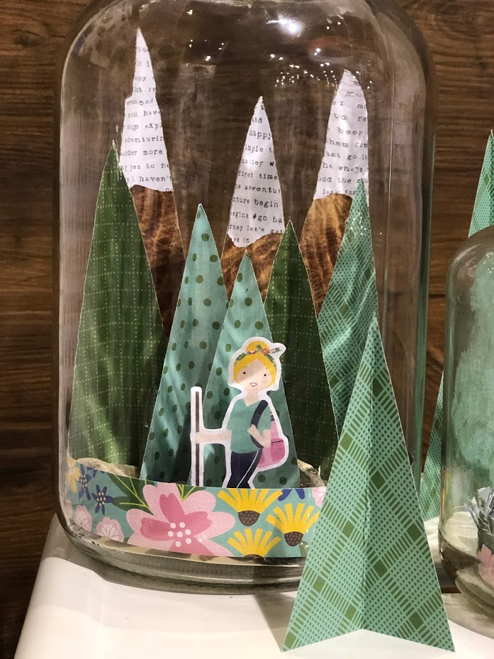 How to Make Party Jar Centerpieces! Use paper to create little scenes in jars. It's the perfect party centerpiece or accent for your home!