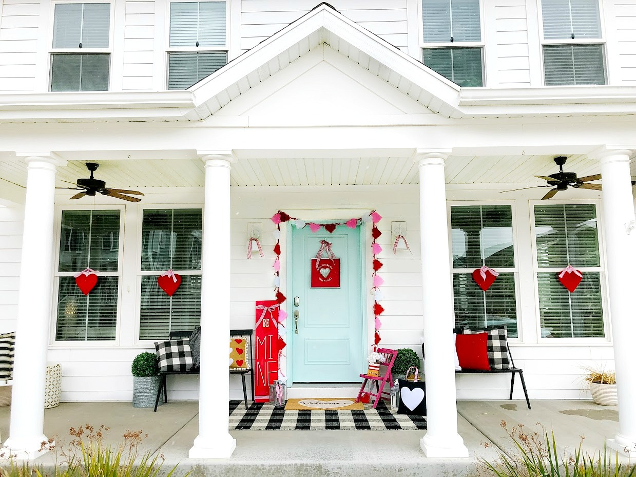 6 Ways to Create a ColorfulBe Mine Valentine's Day Porch! Easy and inexpensive ways to create a bright and colorful Valentine's Day front door!