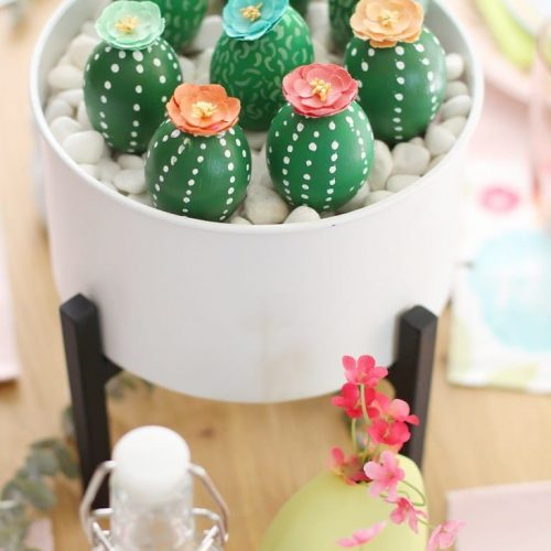 14 Easter Egg Decorating Ideas.
