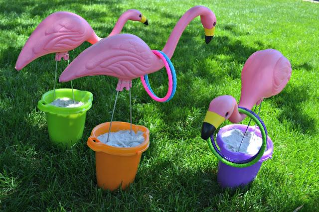 Summertime Flamingo Ring Toss