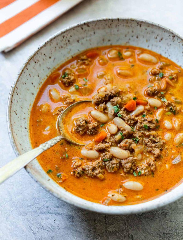 Creamy White Bean and Turkey Pumpkin Chili @ Family Style Food