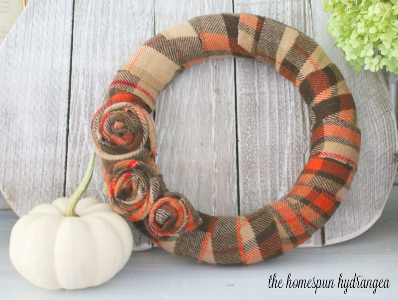 Easy Upcycled Flannel Fall Wreath @ The Homespun Hydrangea