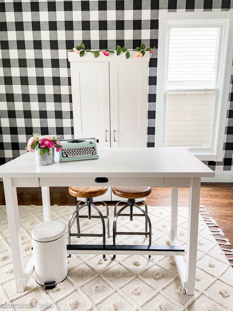 black and white craft room dreambox