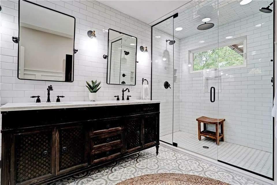 20 Modern Farmhouse Bathroom Tile Ideas. Clean and welcoming bathroom ideas using tile for modern farmhouse or cottage style!