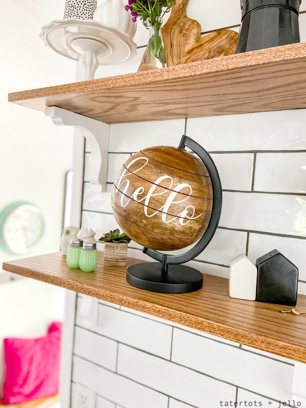 cottage kitchen shelf styling for summer.