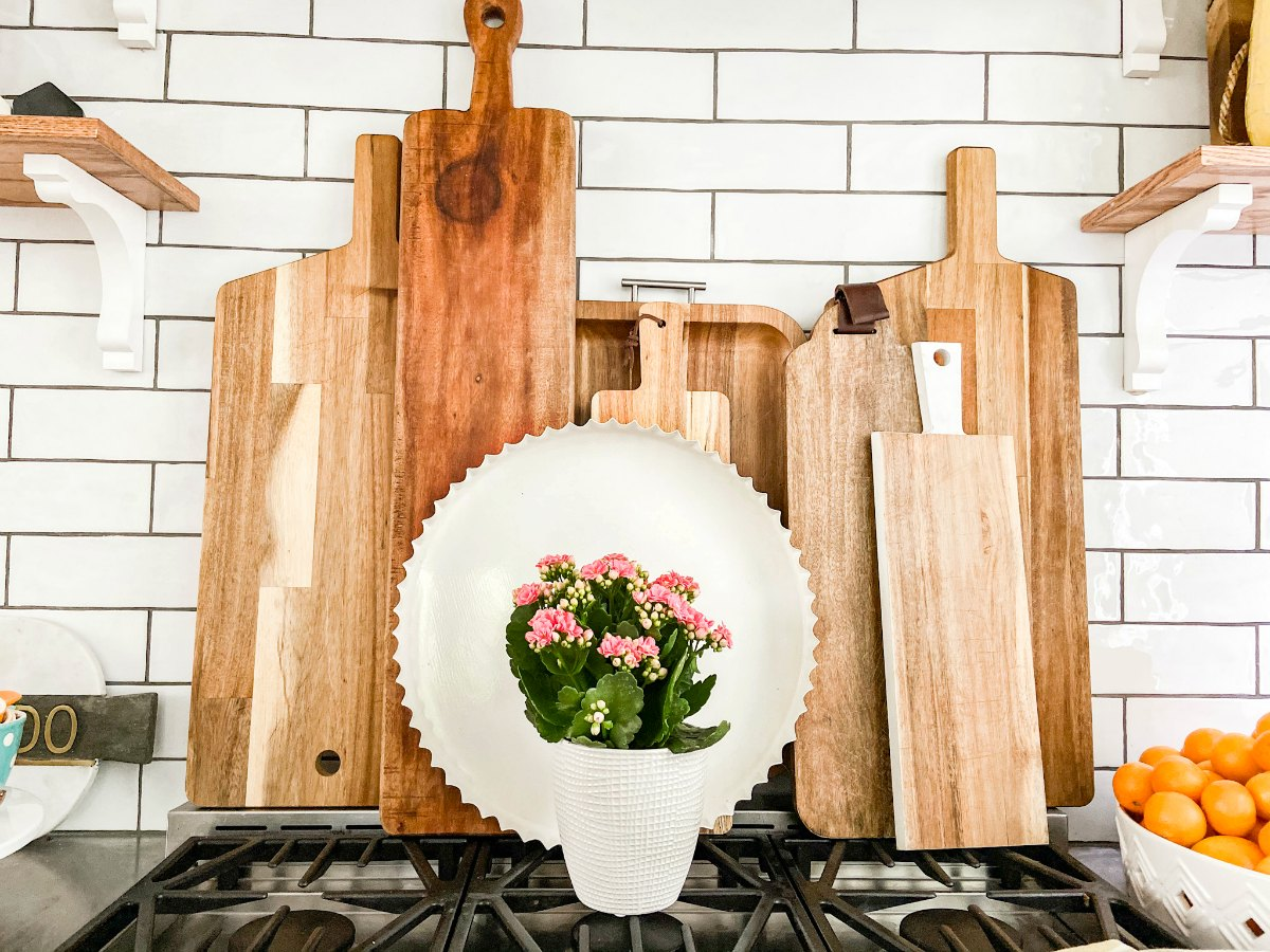 farmhouse kitchen display cutting boards