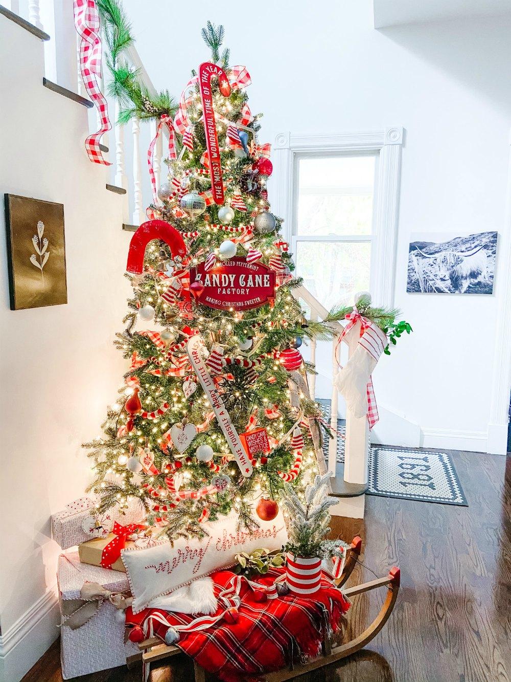 Candy Cane Themed Christmas Tree Tatertots And Jello