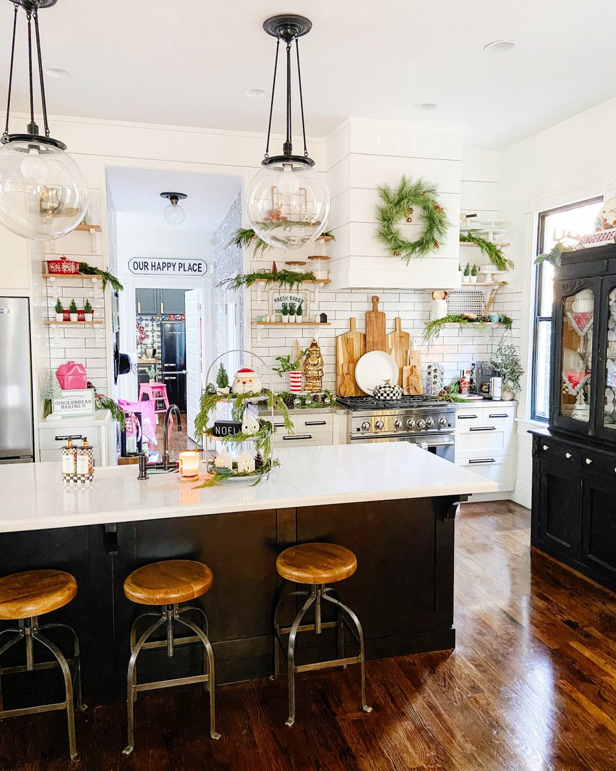 right and Colorful Holiday Housewalk Tour. Add bright and happy colors to your home with easy DIY projects to celebrate the holidays.