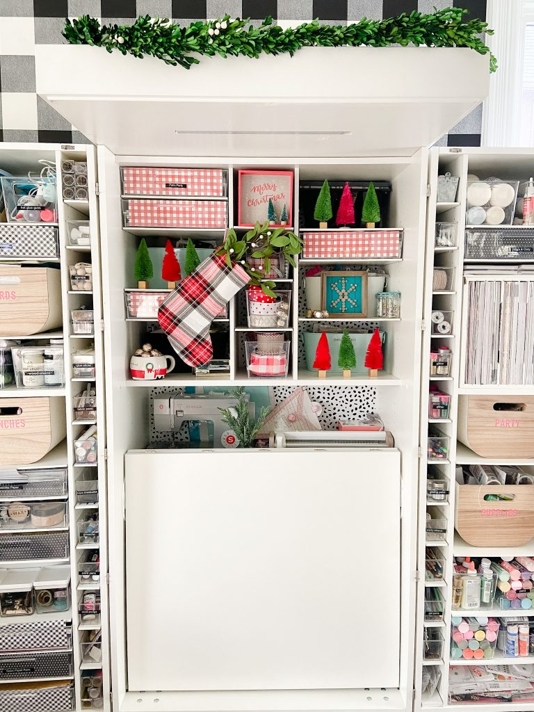 decorating your office for the holidays
