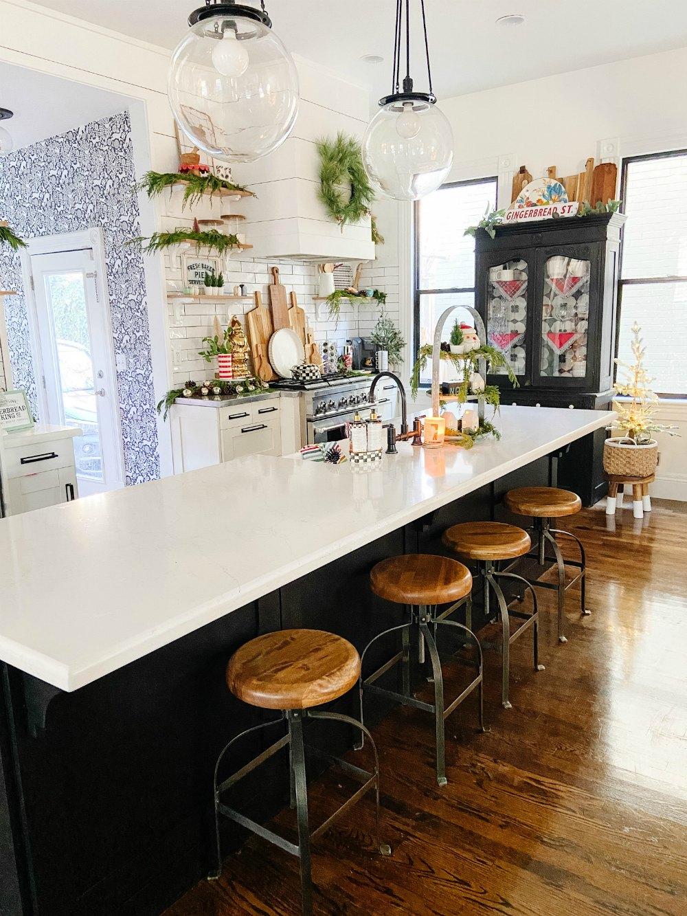 Kitchen painted black window frames