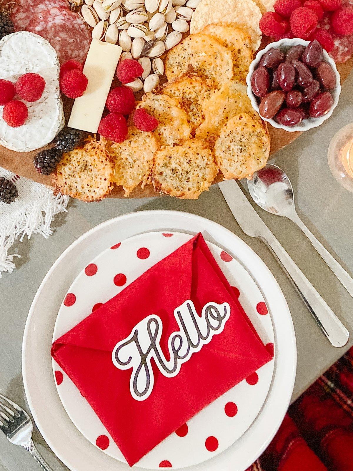 Valentine's Day Table Envelope Napkins DIY