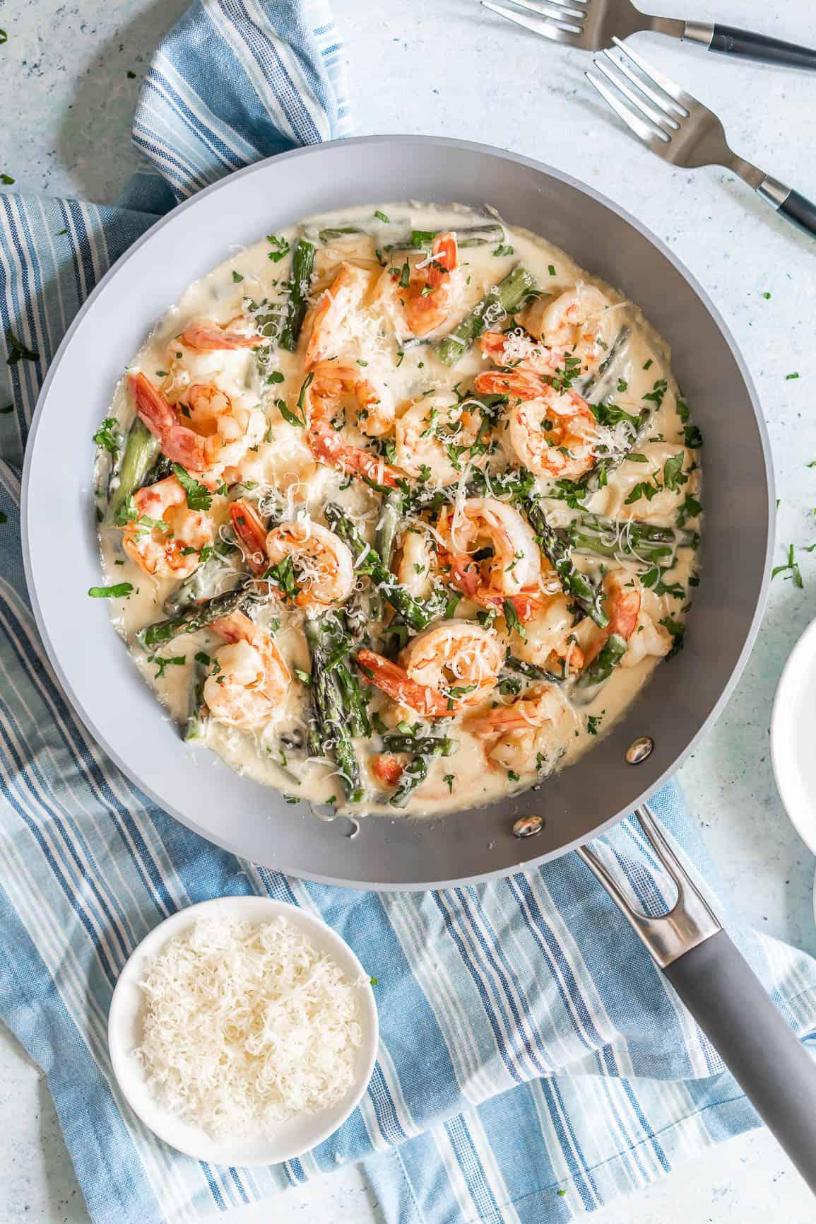 Keto Shrimp and ASparagus Alfredo Soup