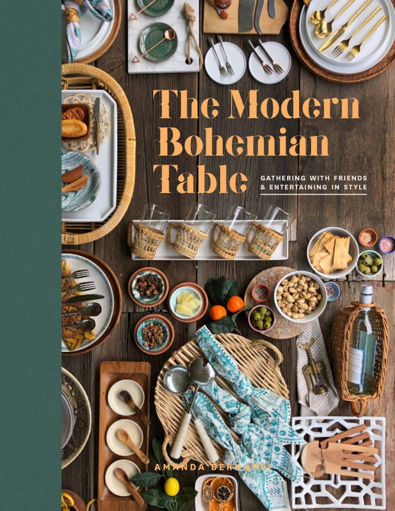 The Ultimate Gift Guide for the Foodie! 29 ideas that the food, chef and entertainer in your life will love for the kitchen!
