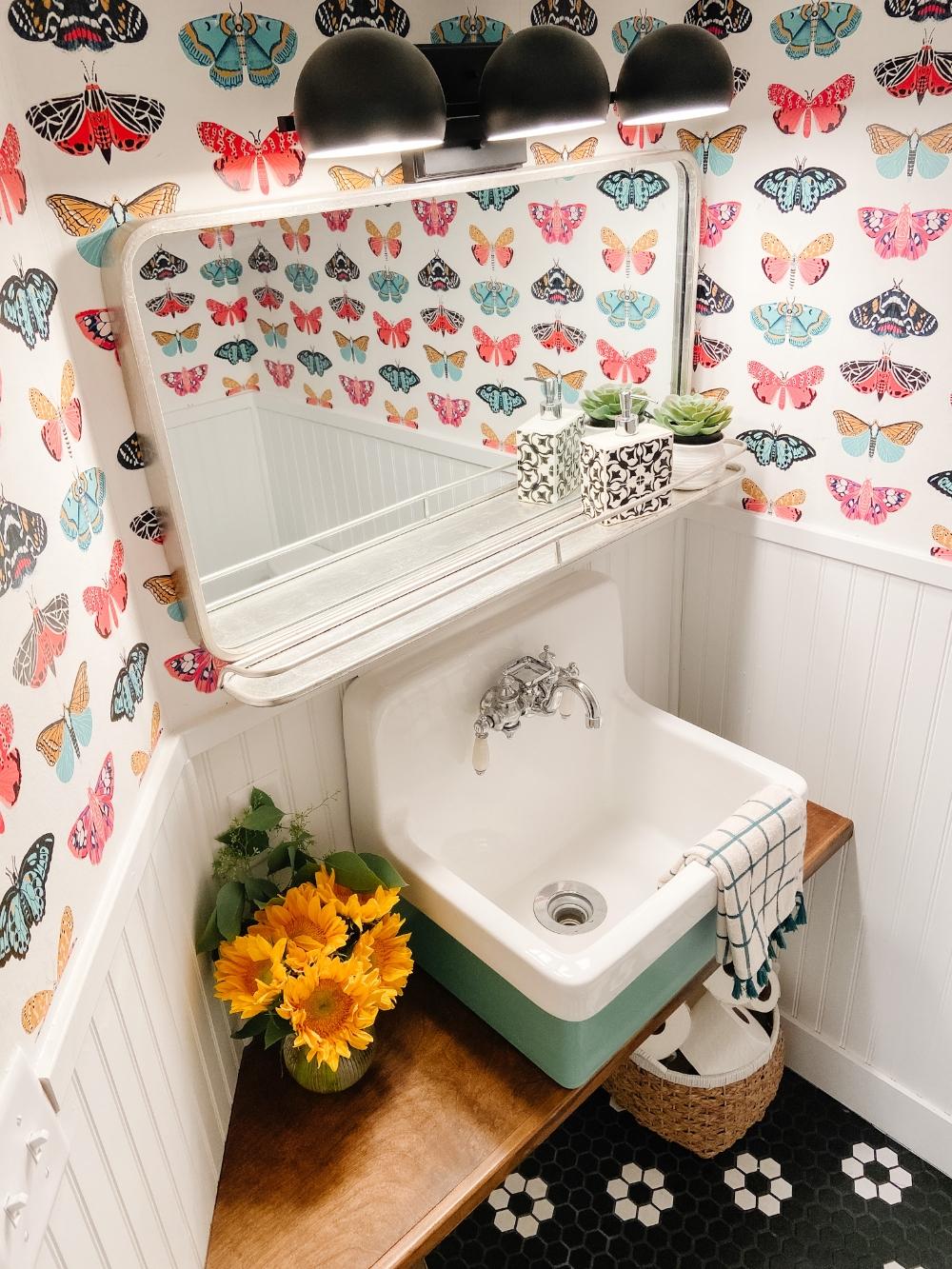 10 Ways to Make a Tiny Half Bath Seem Bigger. Tips and tricks to make a tiny bathroom seem spacious and memorable!