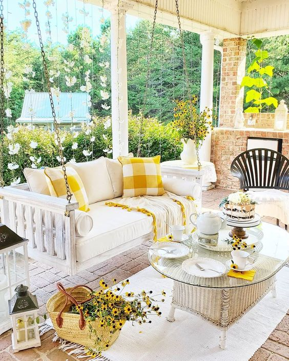 Late Summer Porch by Happy Days Farm on Instagram