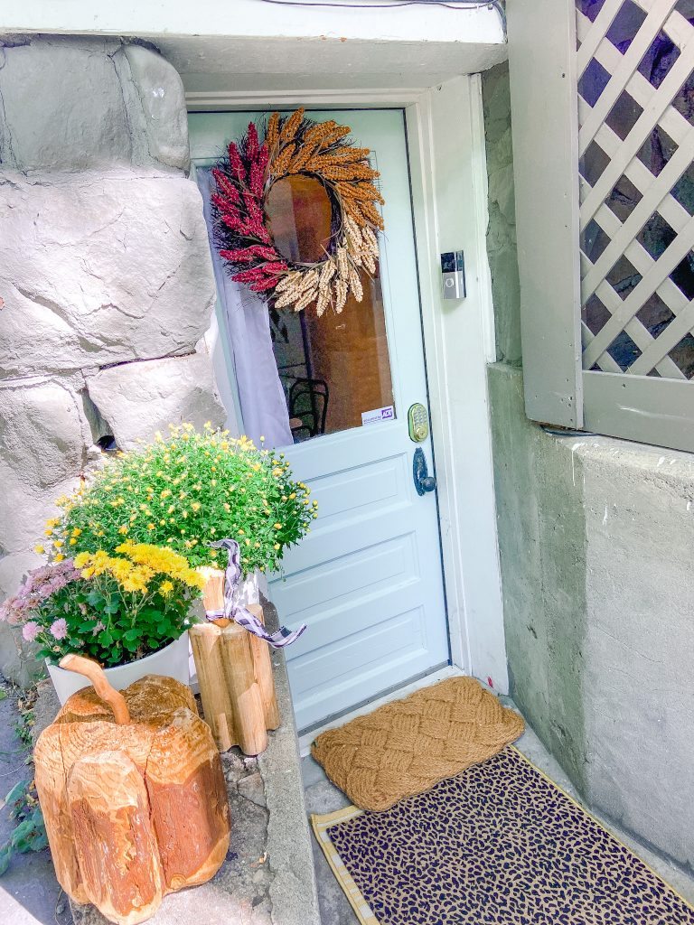 Fall Airbnb Decorating Ideas