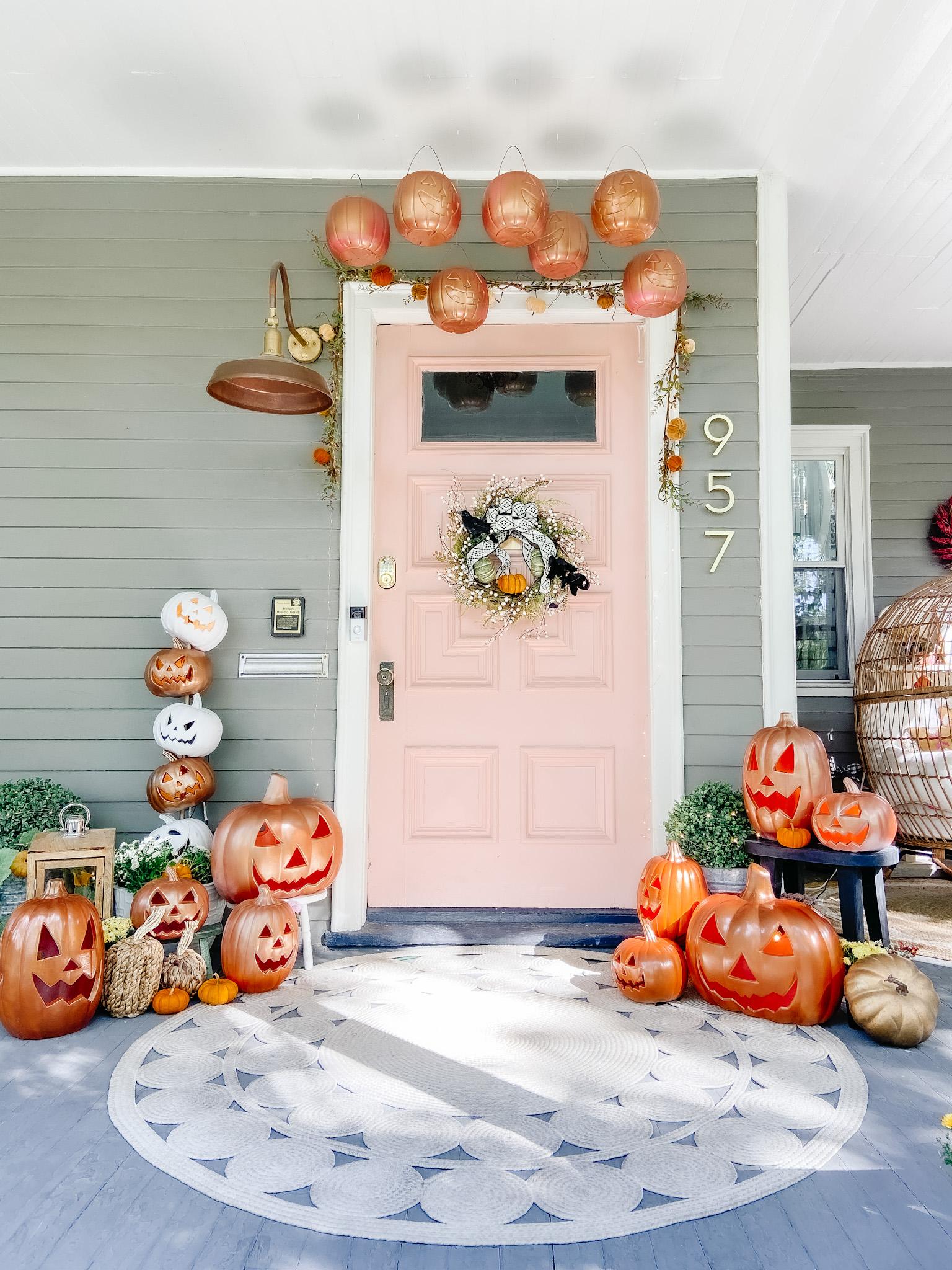 The great pumpkin porchThr